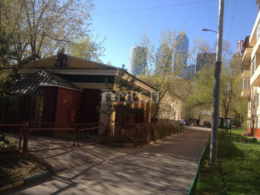 фото отдельно стоящее здание - Москва, м. Студенческая, Студенческая улица