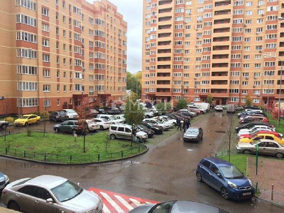 фото 1 ком. квартира - Калужское, посёлок Коммунарка, м. Бунинская аллея, улица Липовый Парк