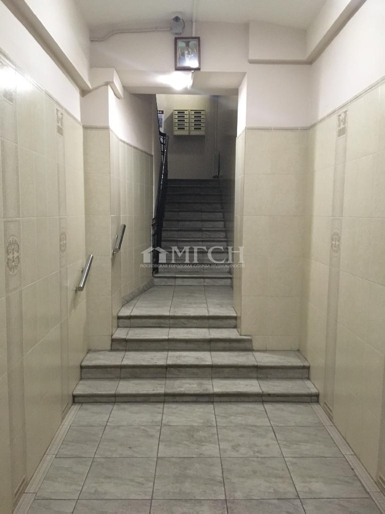 фото 3 ком. квартира - Москва, м. Серпуховская, Большой Строченовский переулок