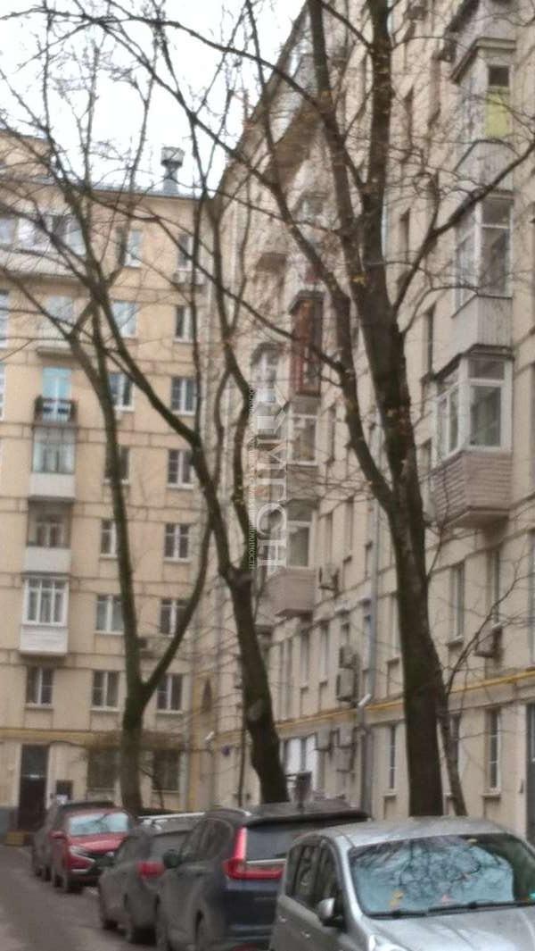 фото 3 ком. квартира - Москва, м. Спортивная, улица Хамовнический Вал