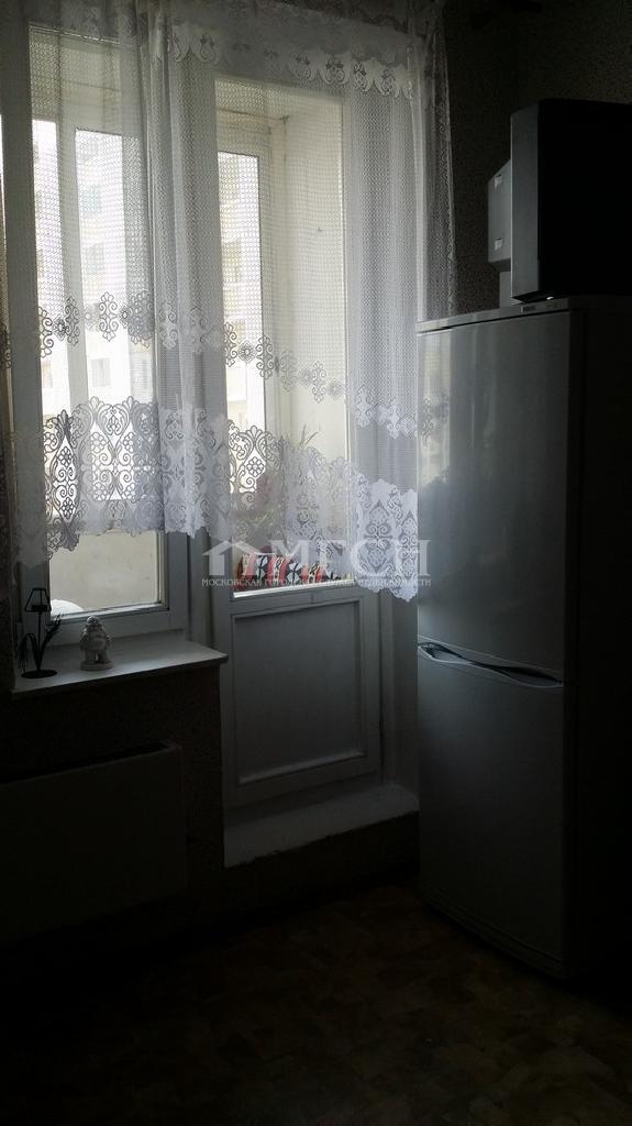 фото 2 ком. квартира - микрорайон Кожухово (Москва), м. Улица Дмитриевского, Святоозёрская улица
