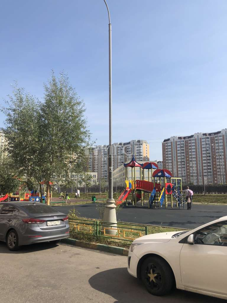 фото 1 ком. квартира - микрорайон Люберецкие Поля (Москва), м. Некрасовка, Рождественская улица
