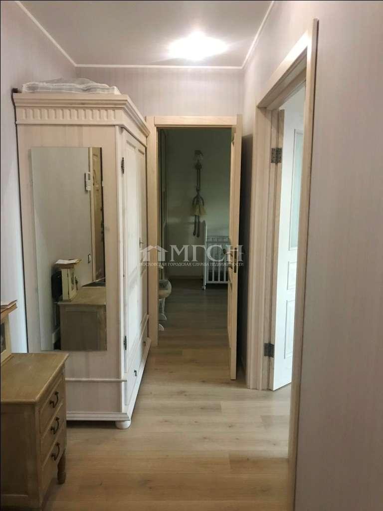 фото 2 ком. квартира - Москва, м. Строгино, улица Твардовского