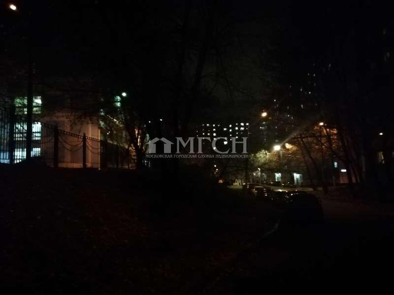 фото 1 ком. квартира - микрорайон Южное Измайлово (Москва), м. Новогиреево, Челябинская улица