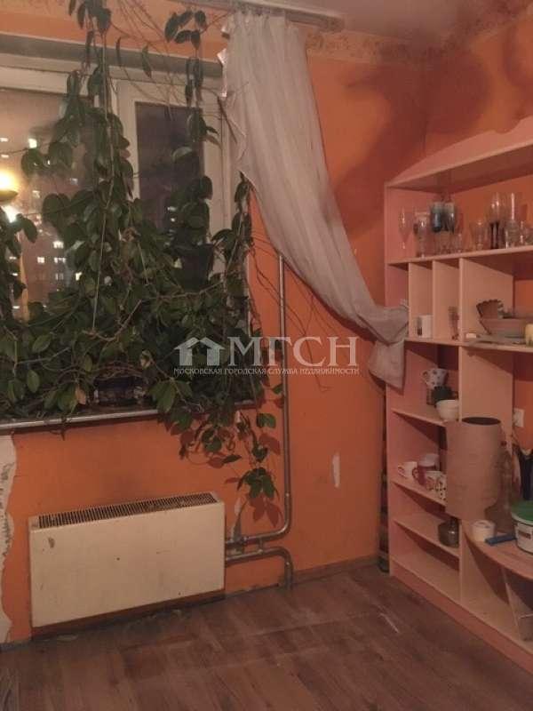 фото 5 ком. квартира - 1-й микрорайон Новокосино (Москва), м. Новокосино, Суздальская улица