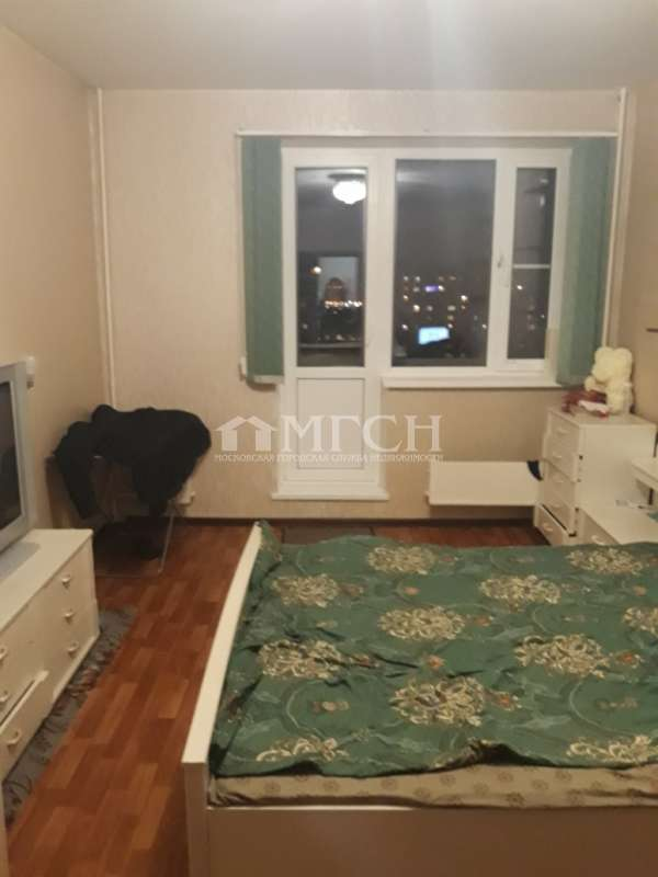 фото 3 ком. квартира - Москва, м. Орехово, улица Маршала Захарова