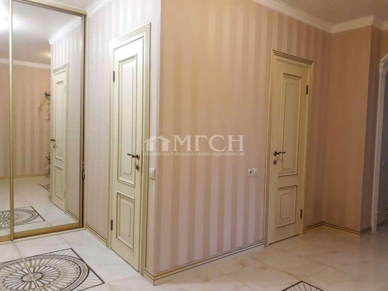 фото 3 ком. квартира - 13-й микрорайон (Москва), м. станция Дегунино, Дубнинская улица