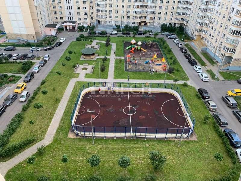 фото 2 ком. квартира - Москва, м. Молодёжная, Ельнинская улица